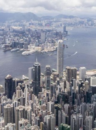В Гонконге каждому из 7 миллионов жителей выдадут по 1300 долларов