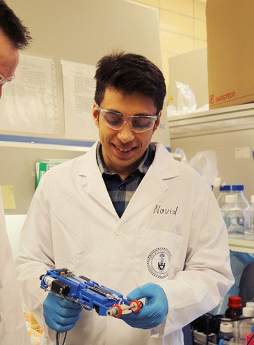 Ученые создали ручной принтер для печати кожи