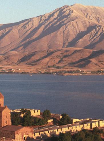 «Невидимая Армения». Фотоистория о путешествии по местам, где когда-то жили предки