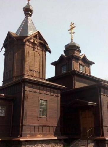 Фермер восстанавливает деревянный казацкий храм XVIII века