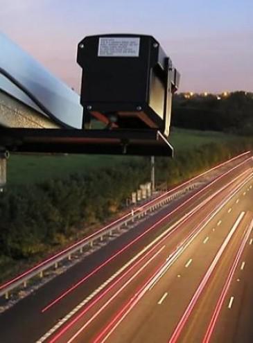 В Украине заработала автоматическая фиксация нарушений на дорогах: первый «гонщик» уже получил счет