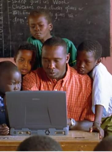 В Африке начали раздавать интернет с десятков аэростатов на высоте 20 километров