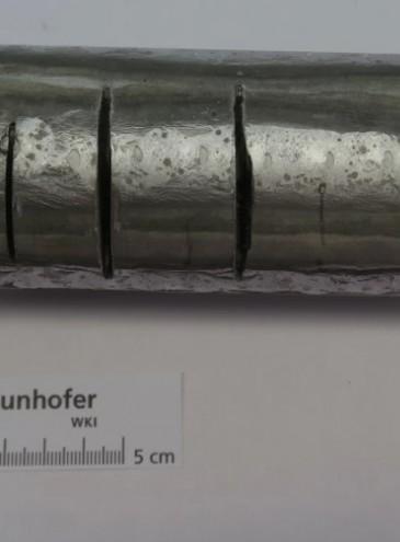 Ученые создали новый высокопрочный материал из стали, алюминия и керамики