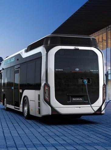 Украина будет поставлять водород в Европу, а в Германии на нем уже ходят автобусы