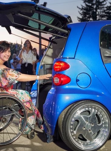 Первый украинский электромобиль для людей с инвалидностью создали в Одессе