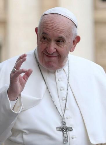 Папа римский: удовольствие от еды и секса исходит от Бога, а ранее церковь это осуждала из-за чрезмерной морали