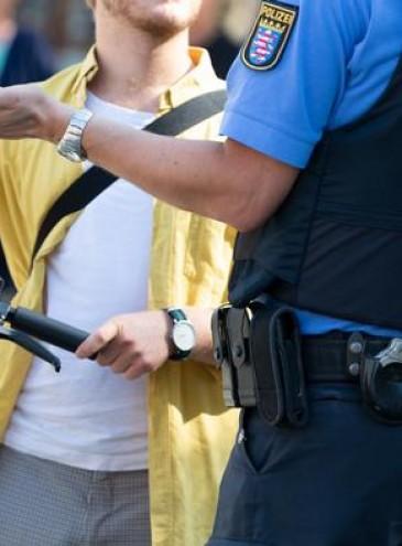 Водители электросамокатов станут участниками дорожного движения, они будут платить штрафы
