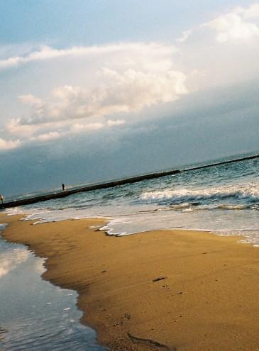Море в Одессе и Грибовке, небо и песок, облака и закаты