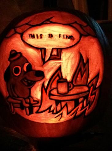 Хеллоуин: подборка праздничных тыкв-мемов