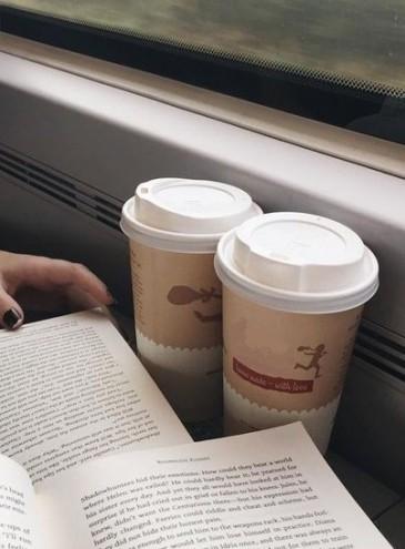 В украинские поезда возвращают чай и кофе