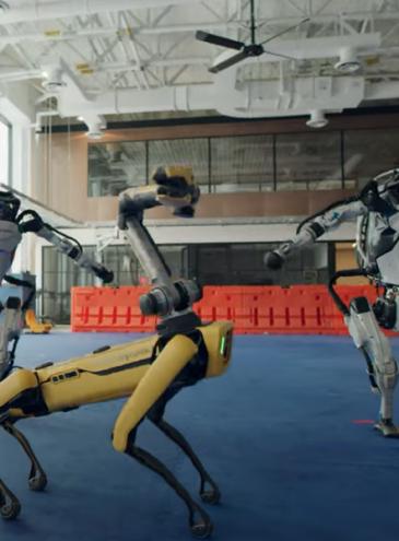 Роботы Boston Dynamics станцевали вчетвером под хит 1960-х (видео)