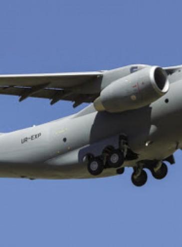 Украина впервые за годы независимости закупит самолеты у «Антонова» – для армии