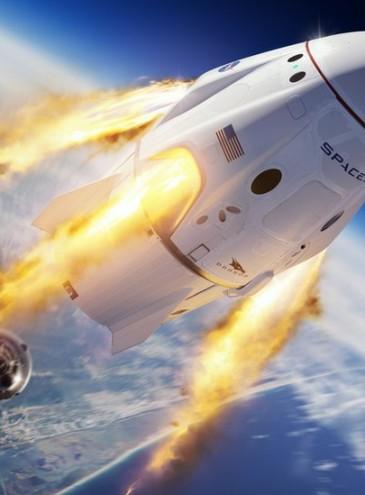 В компании Маска назвали имена первых космических туристов: они пробудут на орбите 8 дней