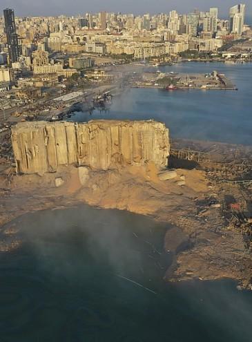 Разрушенный центр Бейрута предлагают построить заново: объявлен всемирный конкурс для студентов-архитекторов