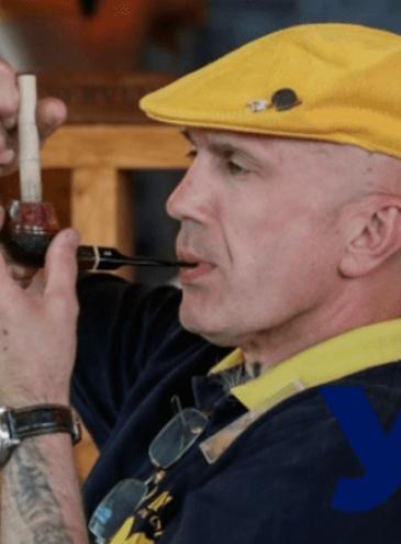 В Одессе провели чемпионат по медленному курению трубки: победитель курил 1,5 часа