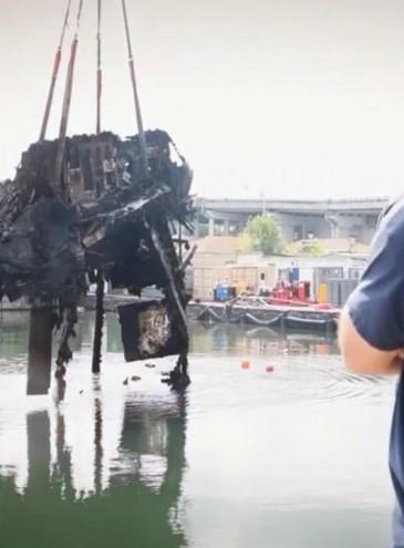 Водолазы НАТО подняли со дна в Одесском порту остатки «яхты Брежнева»