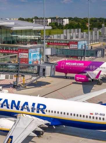 «Відкрите небо»: Wizz Air запустить 26 нових напрямків з України, Ryanair зайде ще в 7 міст